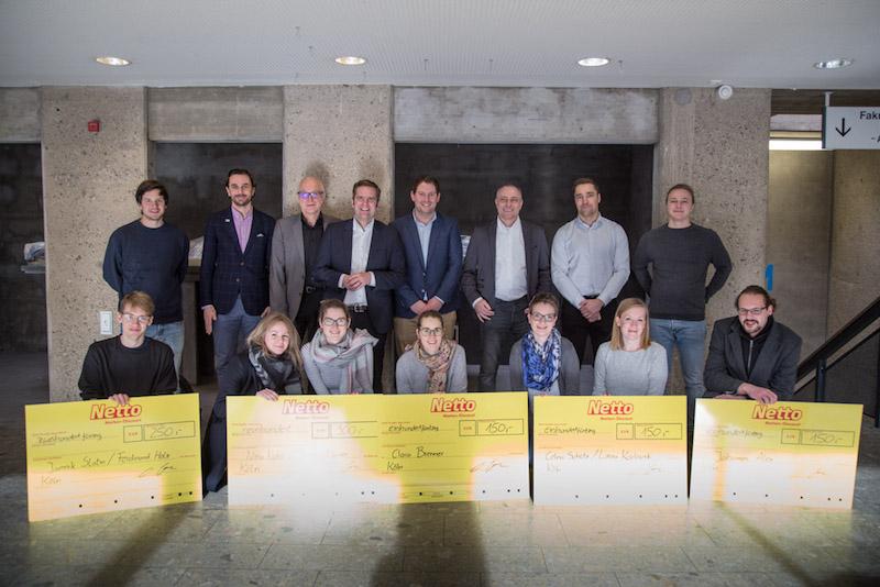 Teilnehmer und Jury des Wettbewerbs