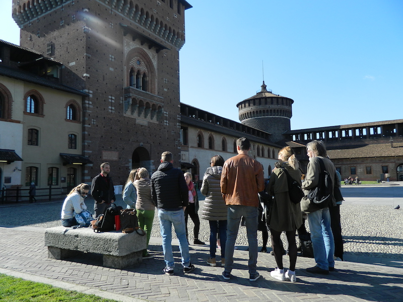 Rundgang in der Festung Sforza